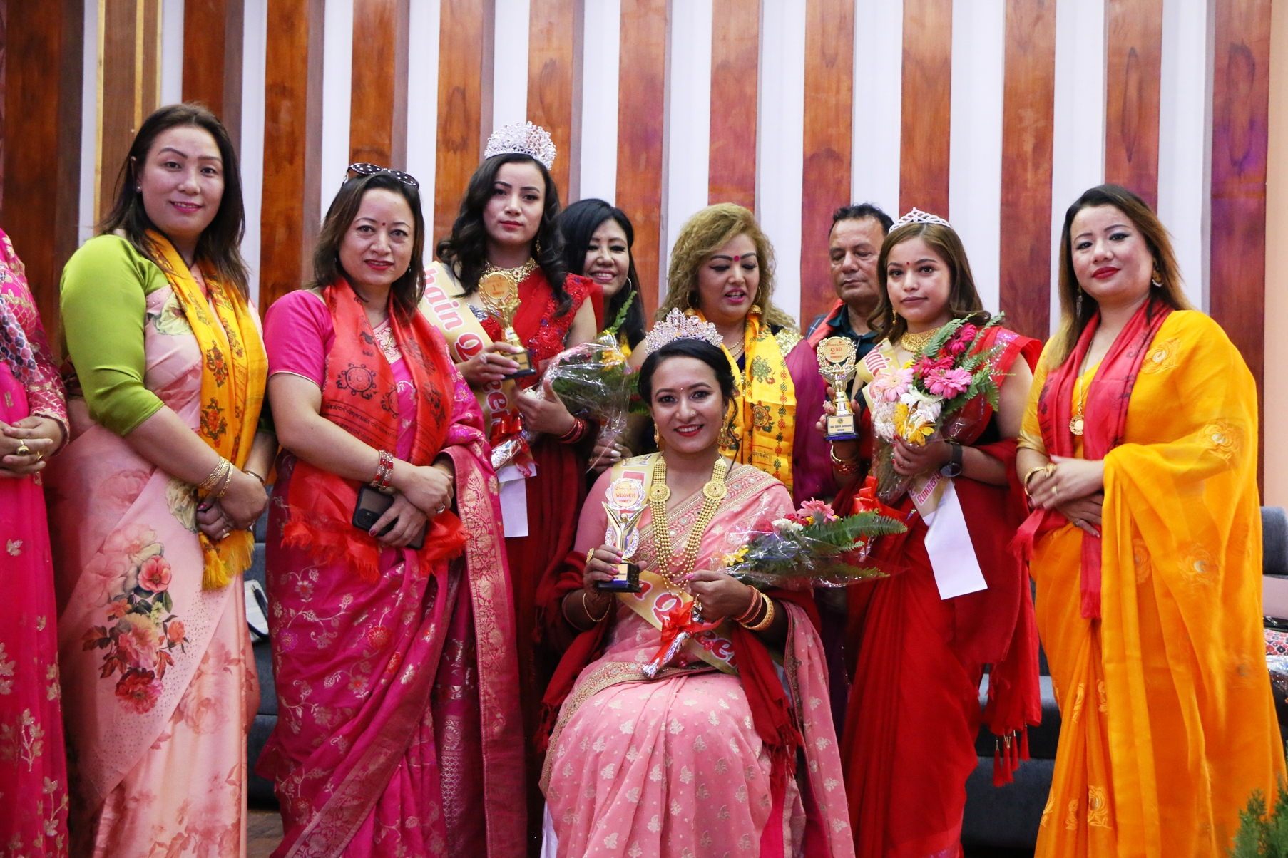 अन्जु बुढाथोकी बनिन दशैँ क्विन-२०७८ को बिजेता